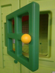 casetta per bambini, dettaglio finestra
